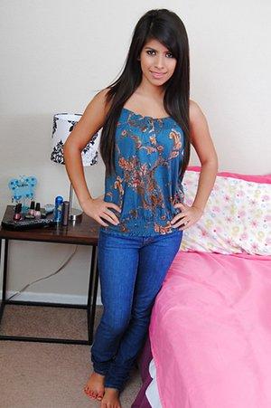 Free Bedroom Pics
